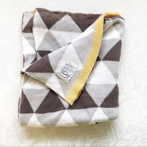 Nordstrom at Home Gray and Yellow Throw Blanket